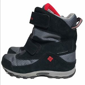 Columbia Black & Red Parkers Peak Winter Boots